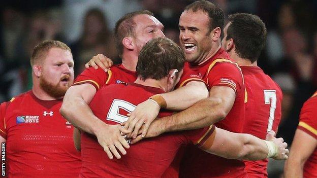 Wales celebrate beating England at Twickenham