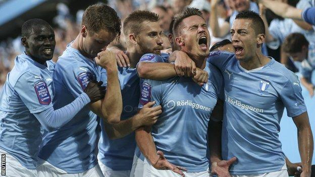 Malmo celebrate their comeback against Salzburg