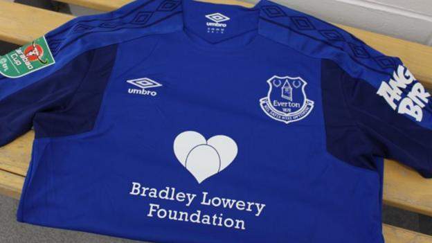 An Everton shirt with the Bradley Lowery Foundation logo on the front