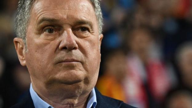 Montenegro sack Ljubisa Tumbakovic for missing Kosovo match thumbnail