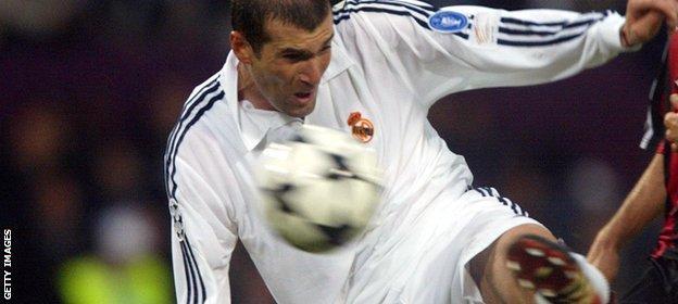 Zinedine Zidane scores in the 2002 Champions League final