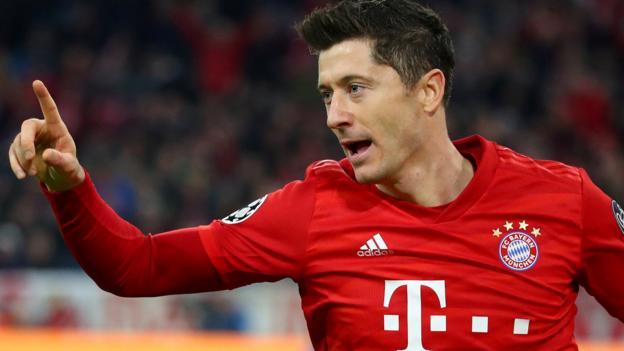 Bayern Munich 2-0 Olympiakos: Robert Lewandowski helps seal last-16 spot thumbnail
