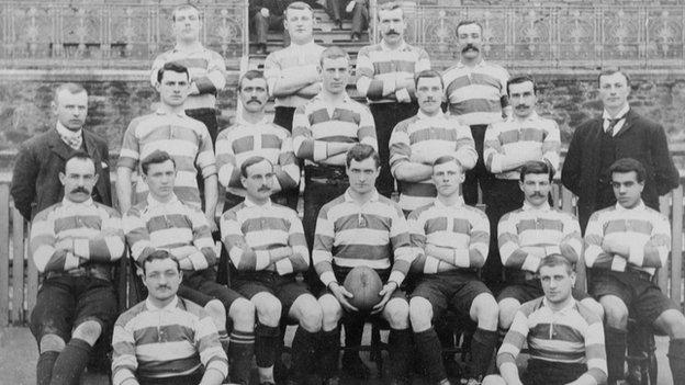 Jimmy Peters (second row, far right)