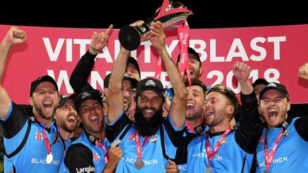 T20 Blast final: Worcestershire Rapids beat Sussex Sharks by five wickets thumbnail