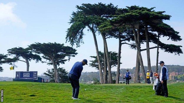 Tiger Woods playing at the 2020 US PGA Championship