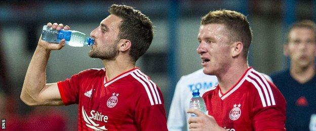 Aberdeen players Graeme Shinnie and Jonny Hayes