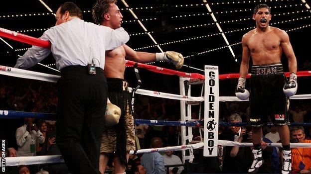 Amir Khan beats Paulie Malignaggi