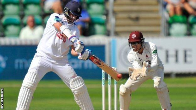 Sean Ervine made his second century of the match