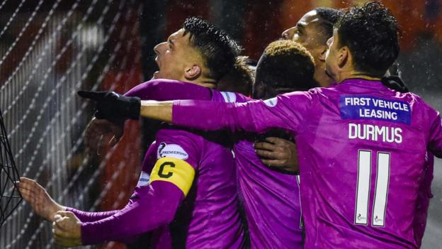 Hamilton Academical 0-1 St Mirren: Jim Goodwin's get first away win thumbnail
