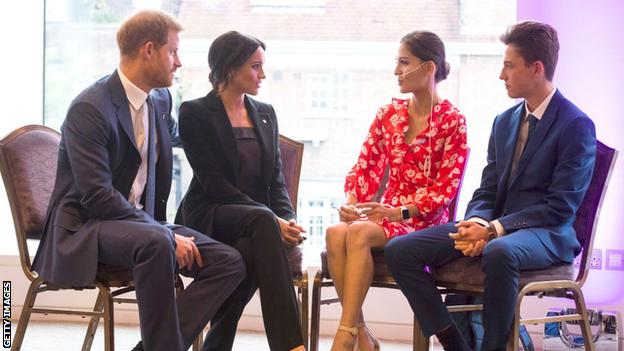 The Duke and Duchess of Sussex with Evie Toombes at the 2018 WellChild Awards