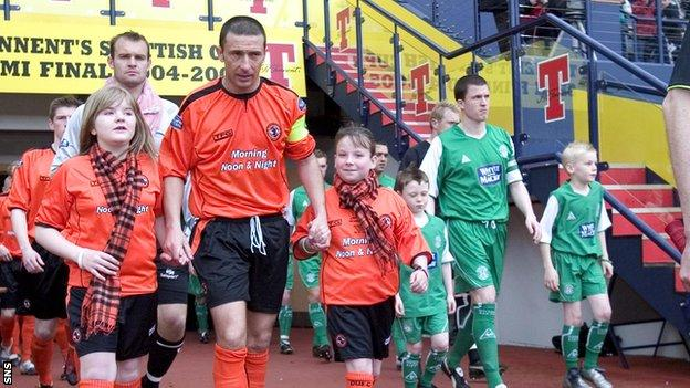 Dundee United v Hibernian in the Scottish Cup semi-final of 2005