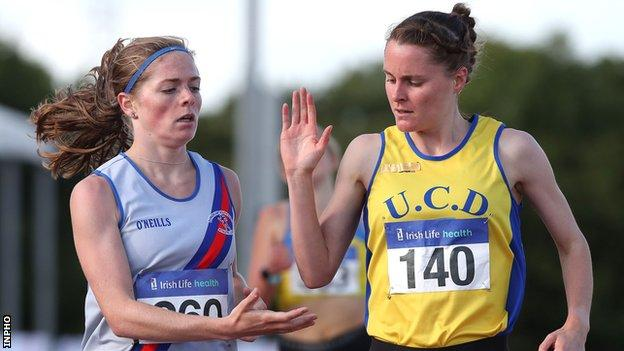Ciara Mageean acknowledges Siofra Cleirigh Buttner after their both progressed from the 1500m heat