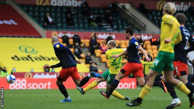 Norwich City's Teemu Pukki scores in the first half against Luton Town