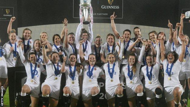 England celebrate winning a Grand Slam at the 2020 Women's Six Nations