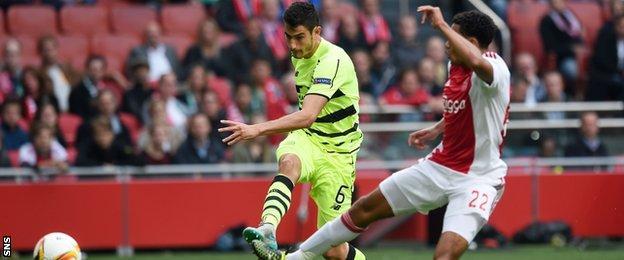 Nir Bitton scores for Celtic against Ajax