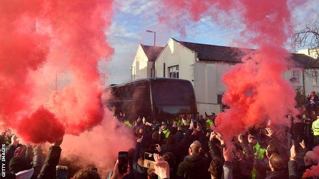 Liverpool smoke