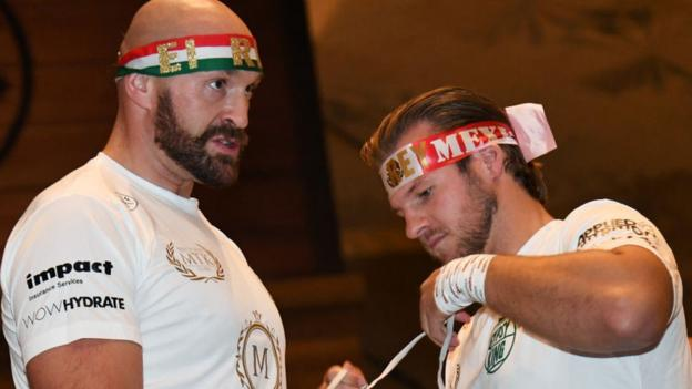 Tyson Fury: Andy Lee hopes for Ben Davison role in new heavyweight setup thumbnail