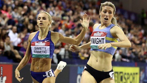 Jessie Knight winning the 400m at the Glasgow Grand Prix