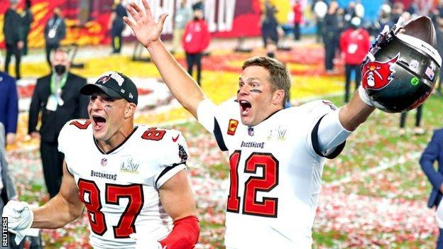 Rob Gronkowski and Tom Brady celebrate winning Super Bowl 55