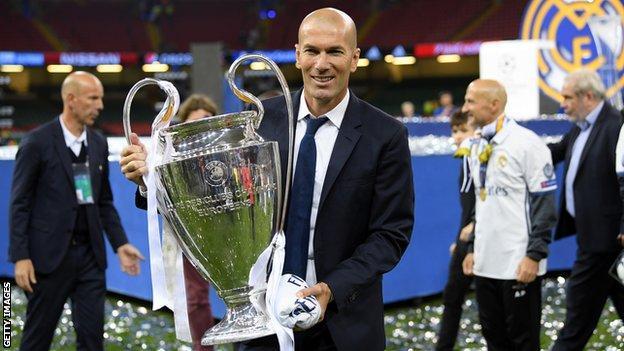 Zinedine Zidane celebrates winning the Champions League in 2017