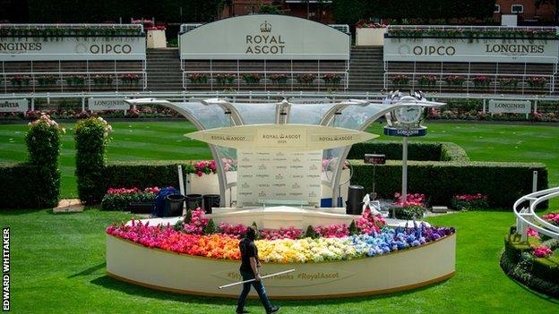 in_pictures The parade ring at Ascot