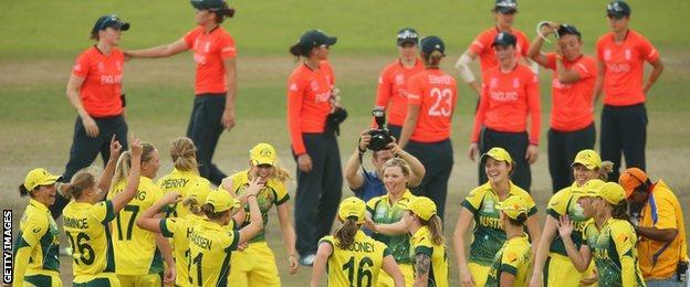 Australia celebrate winning the Women's World Twenty20 in 2014