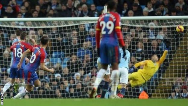 Andros Townsend scores against Manchester City