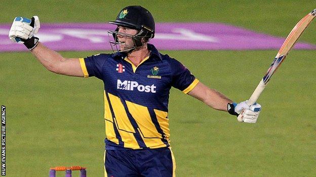Chris Cooke celebrates after hitting the winning runs for Glamorgan against Kent