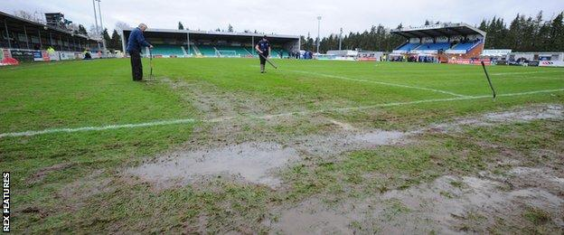 Ten Acres pitch hours before kick-off