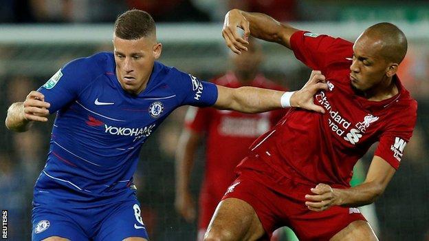 Ross Barkley holds off Fabinho