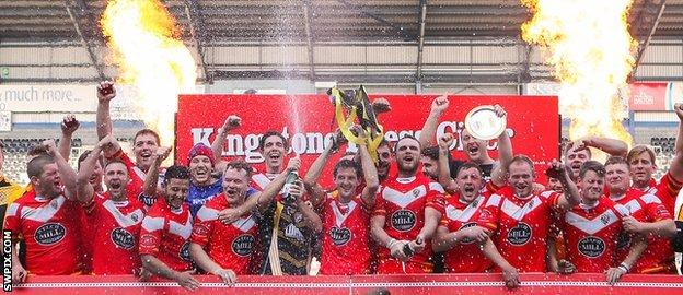 Leigh Miners Rangers lift the Conference Challenge Trophy
