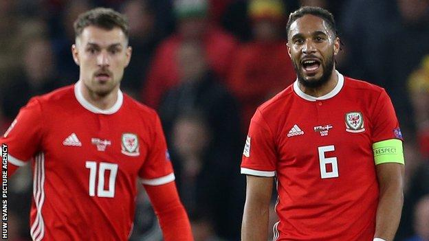 Ashley Williams (right) with Aaron Ramsey