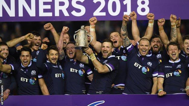 Scotland celebrating winning the Calcutta Cup