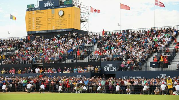 Francesco Molinari of Italy lines up a putt on the 18th green during the final round of the 147th Open Championship at Carnoustie