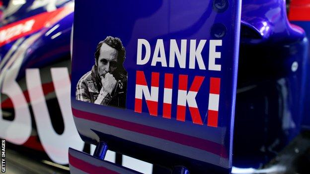 Toro Rosso tribute to Niki Lauda