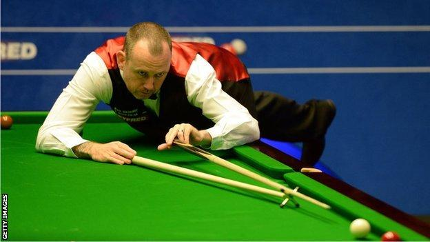 Mark Williams in action