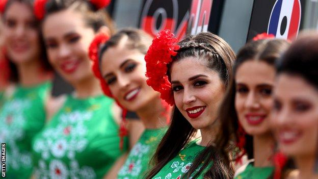 Grid girls at the Mexican Grand Prix