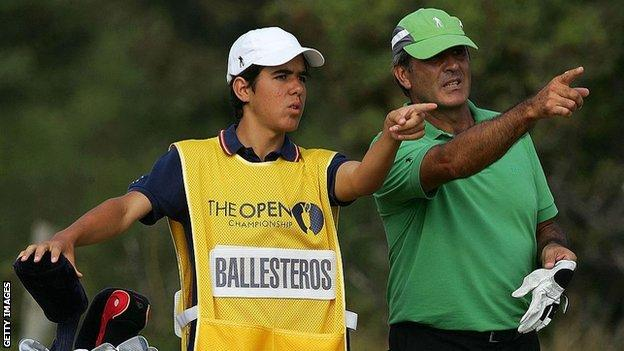 Javier Ballesteros caddies for dad Seve at the 2006 Open