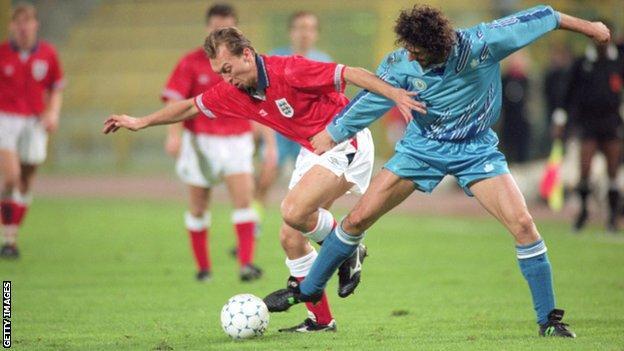England play San Marino in 1993