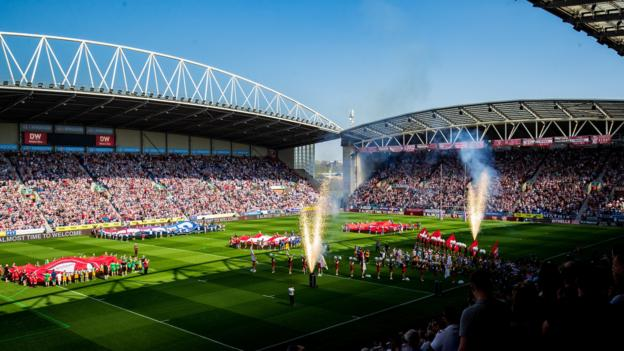 Super League enjoys record round crowds with 79,173 fans across six games thumbnail