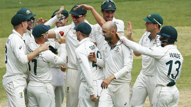 Australia v New Zealand: Hosts secure crushing 247-run victory in Melbourne thumbnail