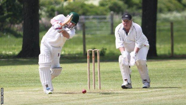 Dorchester score a boundary from the final over