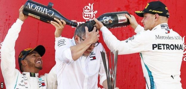 Lewis Hamilton, Pete Bonnington and Valtteri Bottas