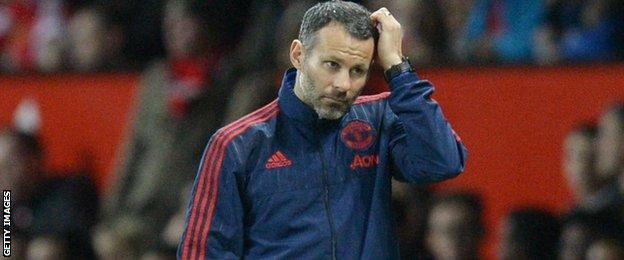Manchester United coach Ryan Giggs