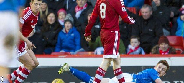 Ryan Jack (left) and Liam Craig (grounded)