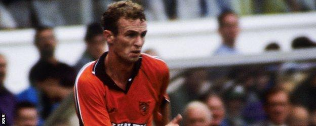 Michael O'Neill in action for Dundee United