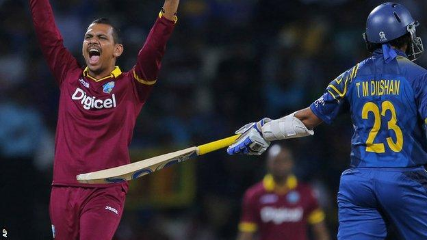 Sunil Narine appeals for a wicket