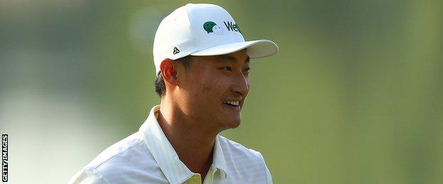 Home favourite Haotong Li leads by one from Frenchman Victor Perez