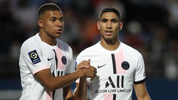 Kylian Mbappe (left) and Achraf Hakimi (right) of PSG