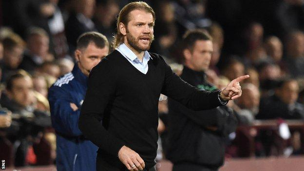 Robbie Neilson in the Tynecastle dugout